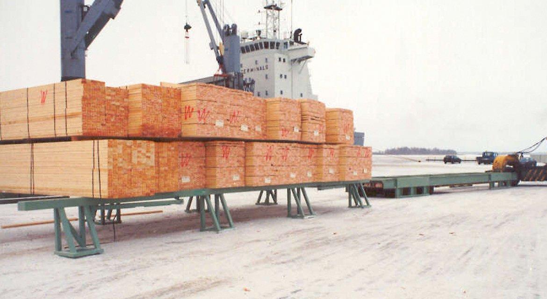 Sawn timber handling